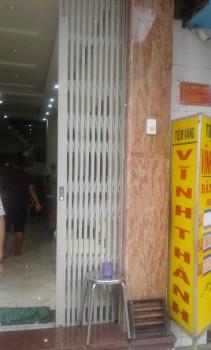 Cửa kéo Đài Loan Quận 8