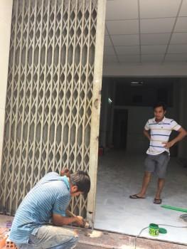 Sửa cửa kéo Nhà Bè