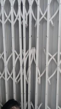 Sửa cửa kéo quận Phú Nhuận